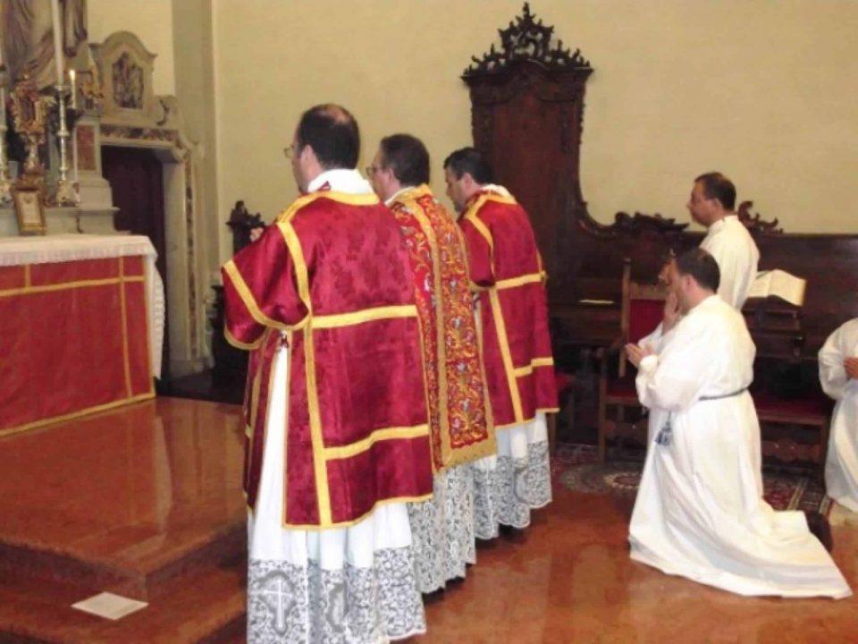 Messa con rito romano antico Chiesa di Mariano del Friuli